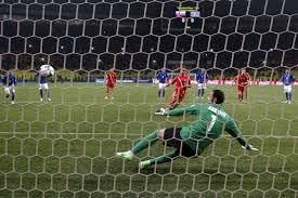 Реал переигрывает Ливерпуль, а Боруссия громит турков